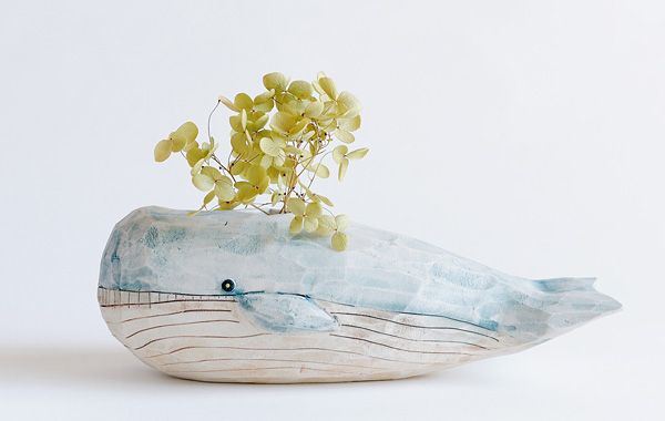 The poetry of a whale that carries a bit of the earth is good for this time when the earth is changing. http://www.kusafune.jp