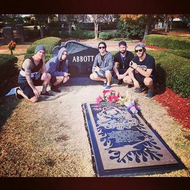 As Blood Runs Black at Dimebag Darrells grave stone.  ♥