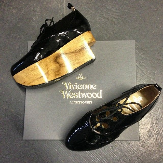 Vivienne Westwood Gold Label Rocking Horse Shoes Gillies in Black Patent