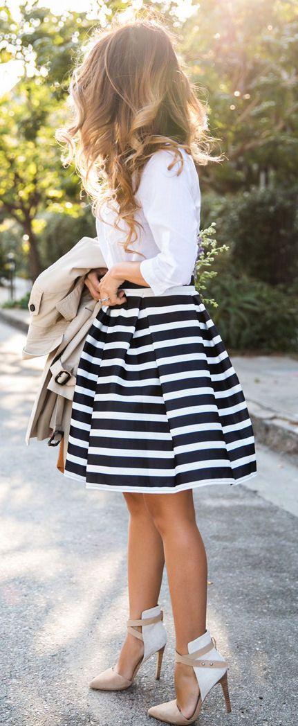 Stripes// #street #fashion. Loving the heels.