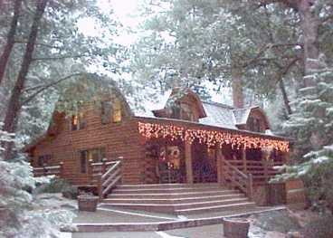 This Barn Style Cabin Is My Favorite Sitting Out On The Porch With Friends And Family Now That Is Living Cabin Trip Idyllwild Cabin Idyllwild