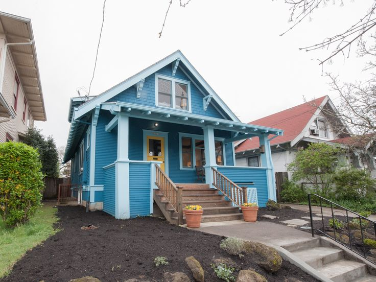 Classic Bungalow in Hot Alberta Arts District! | Living Room Realty | Portland Real Estate