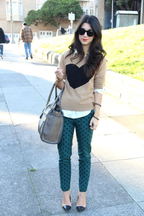 .Dots Pants, Heart Sweaters, Prints Pants, Polka Dots, Printed Pants, Outfit Post, Street Style, Cute Outfits, Fall Looks