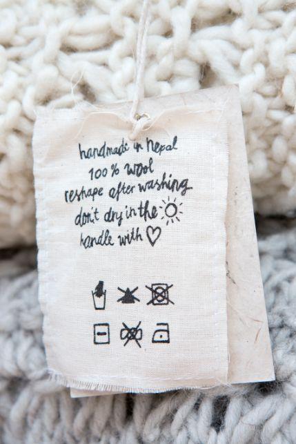 正しい知識でニットをお洗濯♡洗濯マークの5つのキホン - Locari(ロカリ)