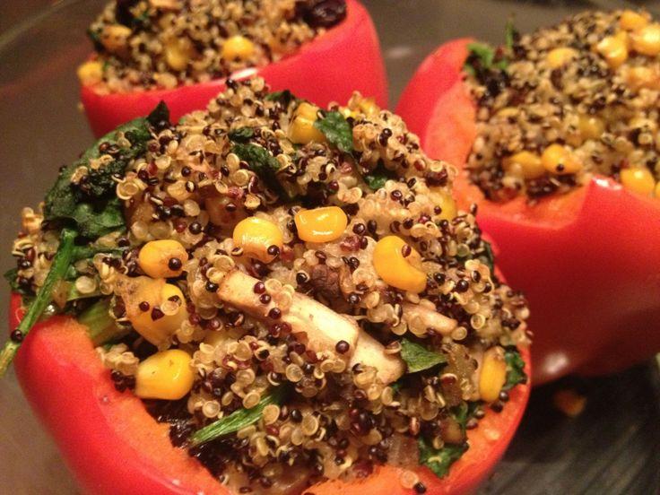 Geroosterde paprika gevuld met kruidige quinoa - De Hippe Vegetariër - Blog over bewust eten en genieten van het leven
