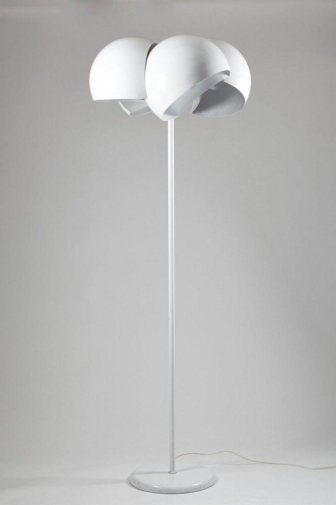 Floor lamp Guinione, designed by Vico Magistretti for Artemide, Italy. 1969. — Modernity