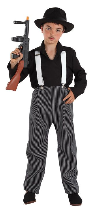 DisfracesMimo, disfraz de ganster niño varias tallas. Es perfecto para volver a los años 20 y disfrutar del ritmo del charleston en tus fiestas temáticas.Este disfraz es ideal para tus fiestas temáticas de disfraces de gangsters, años 20 y cabaret para infantiles.