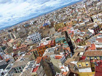 Tener un buen posicionamiento SEO local en Valencia aportará beneficios a tu negocio al poder ser encontrado más facilmente por clientes potenciales