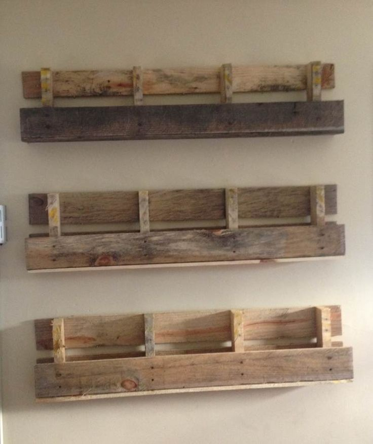 Pallet shelves - i want to make a set of three - top with wine bottles & a…