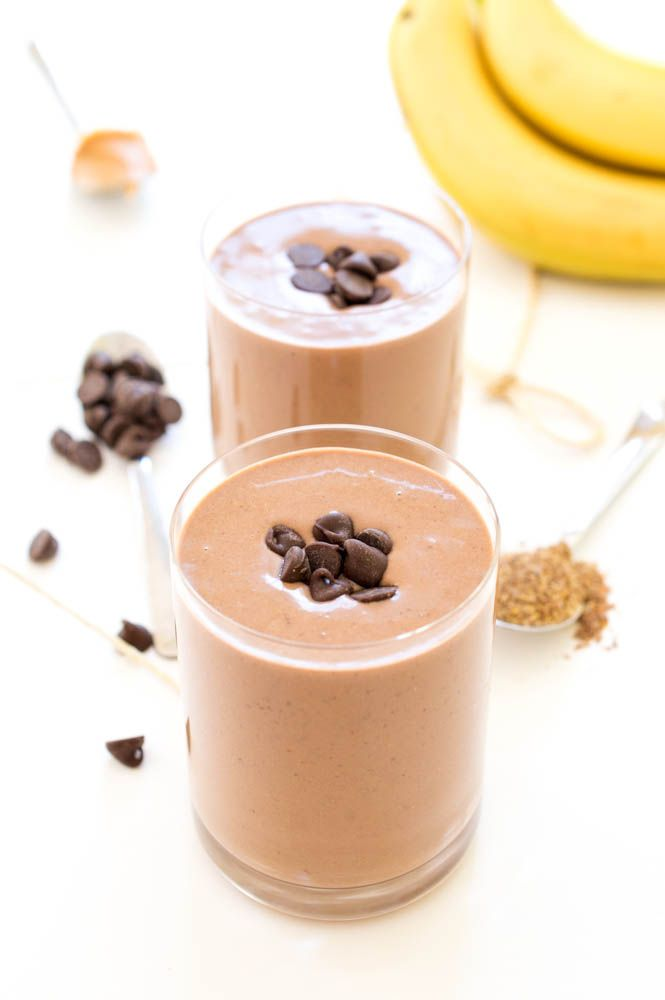Super Rich and Creamy Chocolate Peanut Butter Protein Smoothie