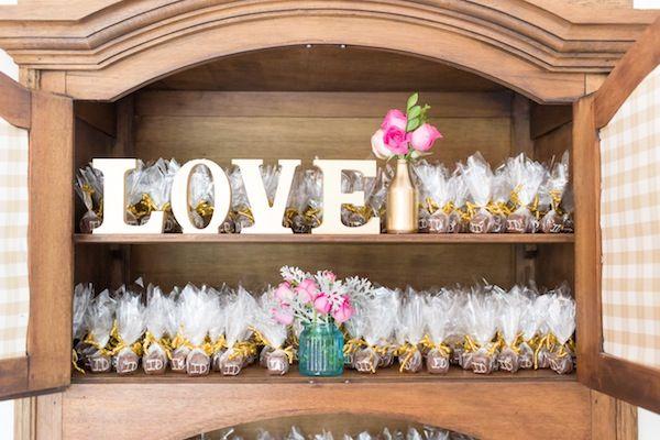 Decoração Rústica Romântica | Vestida de Noiva | Blog de Casamento por Fernanda Floret