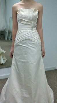 Priscilla Of Boston Wedding Dress. Priscilla Of Boston Wedding Dress on Tradesy Weddings (formerly Recycled Bride), the world's largest wedding marketplace. Price $400.00...Could You Get it For Less? Click Now to Find Out!