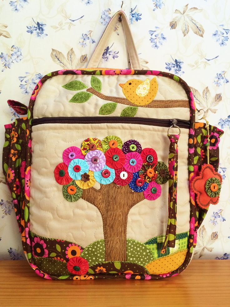 Linda Mochila para uso escolar, carregar seu notebook, ou simplesmente fazer um…
