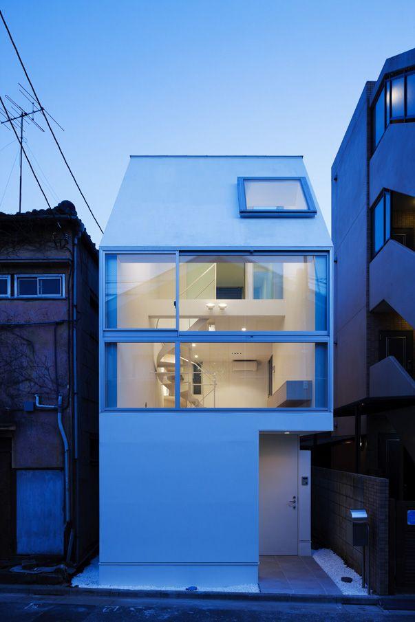 こういう狭小住宅の建築家の工夫って見てて楽しい→cielo • apollo architects