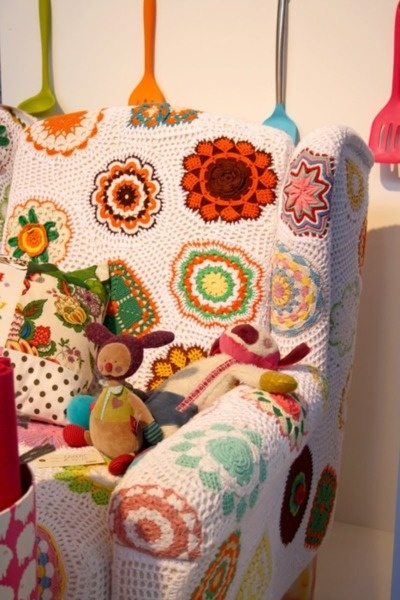 17 best images about crocheted chair cover on pinterest - Crochet chair cover pattern ...