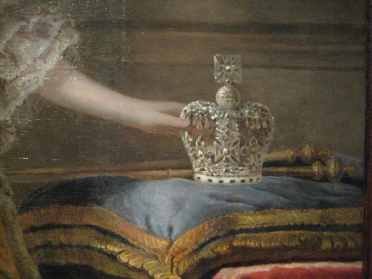 427 best images about Crowns/Tiaras etc on Pinterest