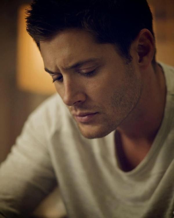 Jensen Ackles. MMMF!!! The things I would do.... SO not Pinterest appropriate. ;)