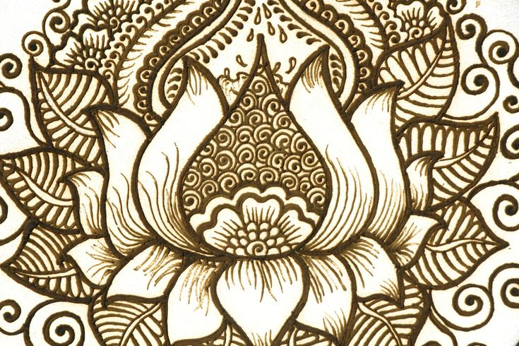 Someday I want a lotus henna style tattoo...someday;).