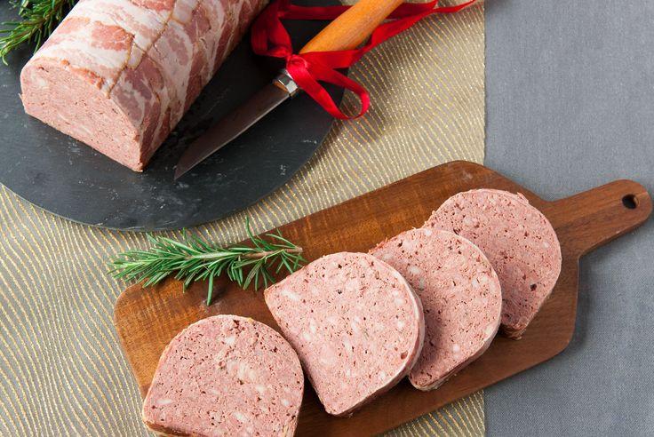 Paté thuis maken lijkt moeilijker dan het is. Eke laat dat zien met dit heerlijke recept voor gevogelte paté.