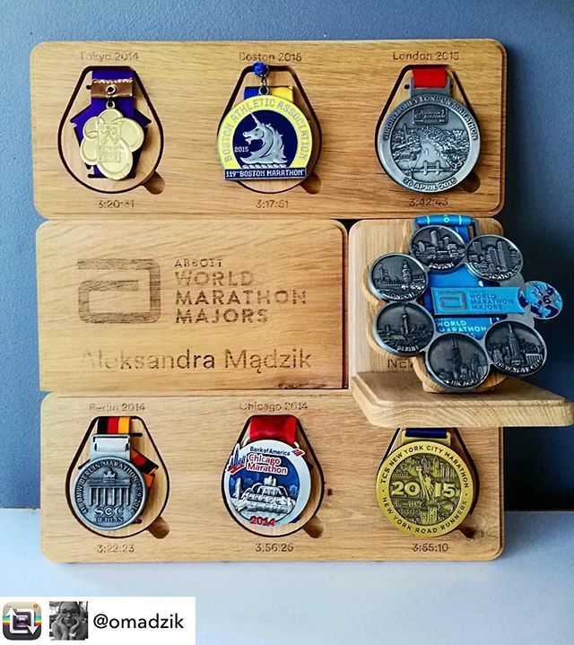 Riqqon Medal Display System Medal Display Trophies And Medals Medal Stand