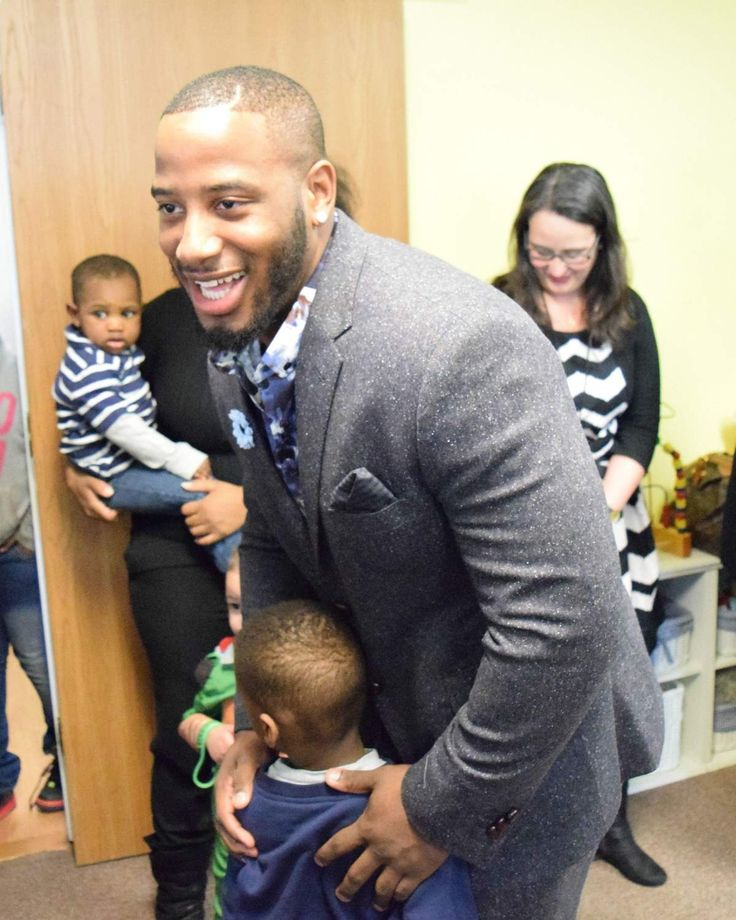 Patriots running back, Pontiac native, gives back 'because good people need it'