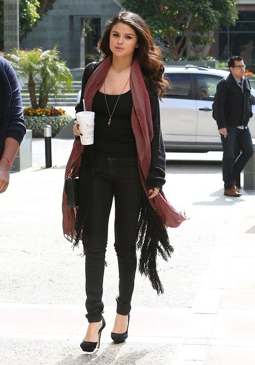full black outfit with jeans, scarf and heels
