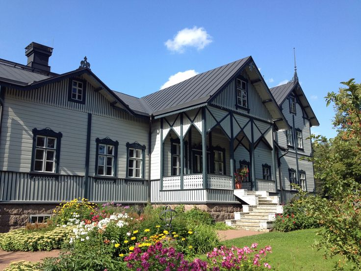 The Verla mill community. The owner's residence.