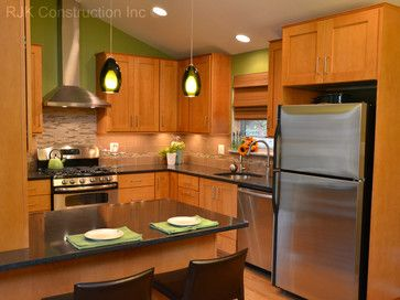 New River Kitchen Cabinets. Door Style Is Herndon, Flat Front Drawers,  Maple Wood