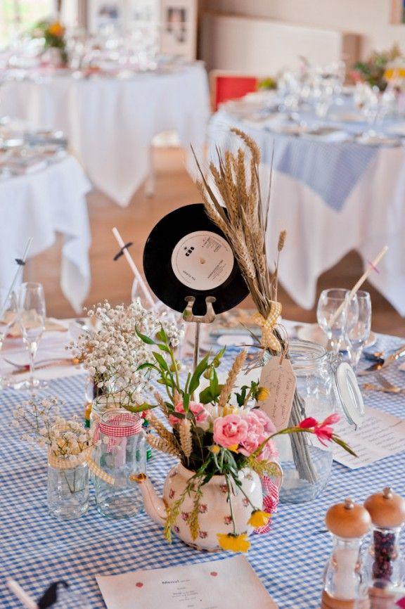 Childlike DIY Motif Wedding Photography-123