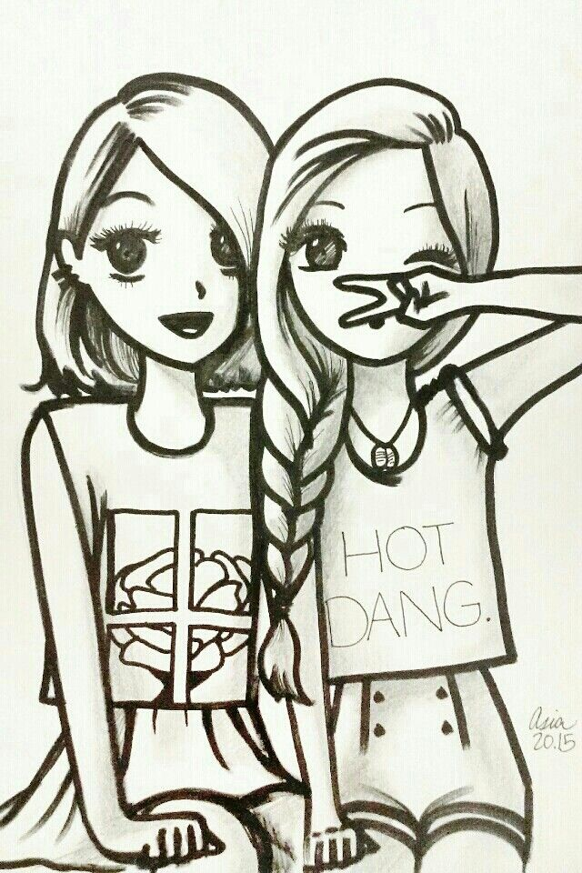 Eu geovana e minha amiga Elizabeth(eu sou a de cabelo longo e transado