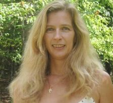 http://bit.ly/1nYZQDF A fun Q & A with the Author! What made me write? What makes me tick? Karen was fun to talk to!