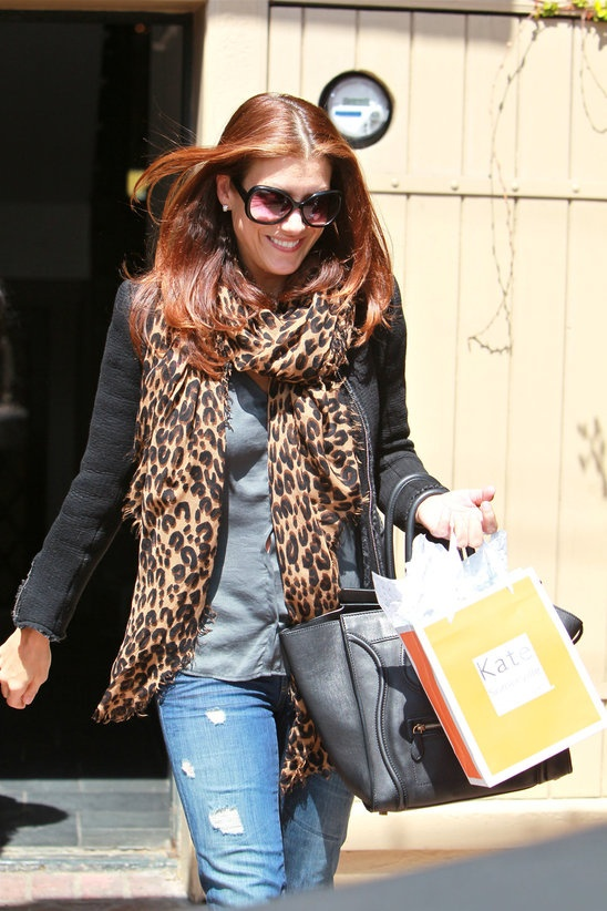 Kate Walsh has followed the trend too!