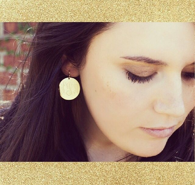 Monogrammed earrings to make you sparkle . Fashion gold round monogram earrings