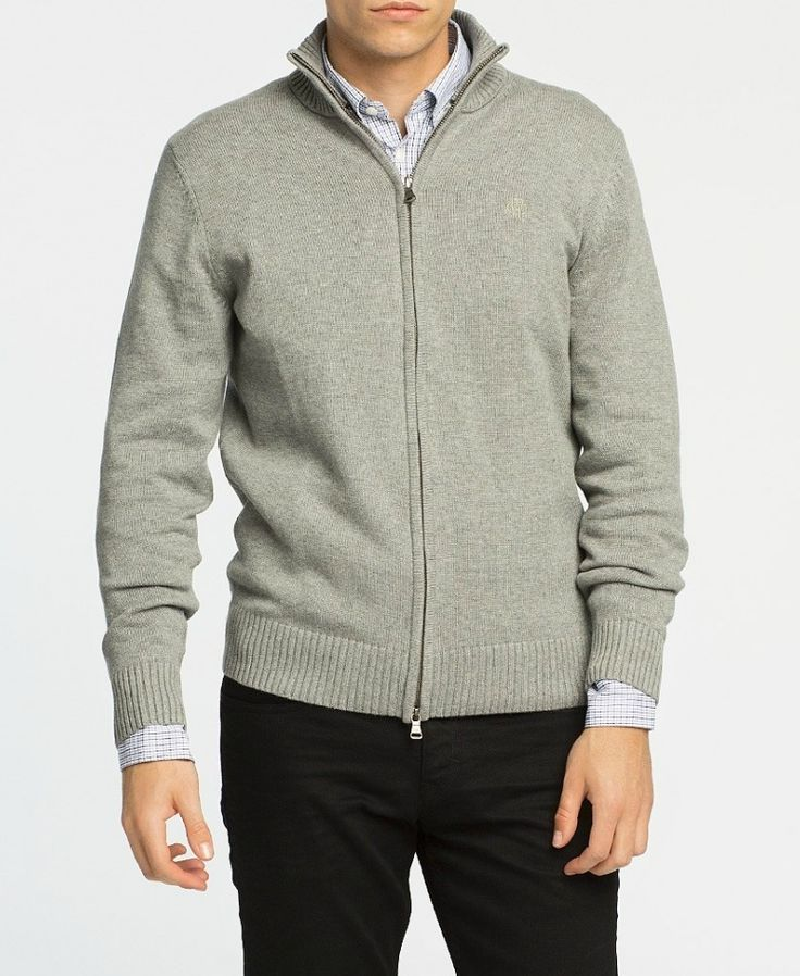 Discover at TinaR a big variety of sweaters for men and you will get 6% cashback for shopping via CashOUT #cashback #mensweater #menfashion #sweater