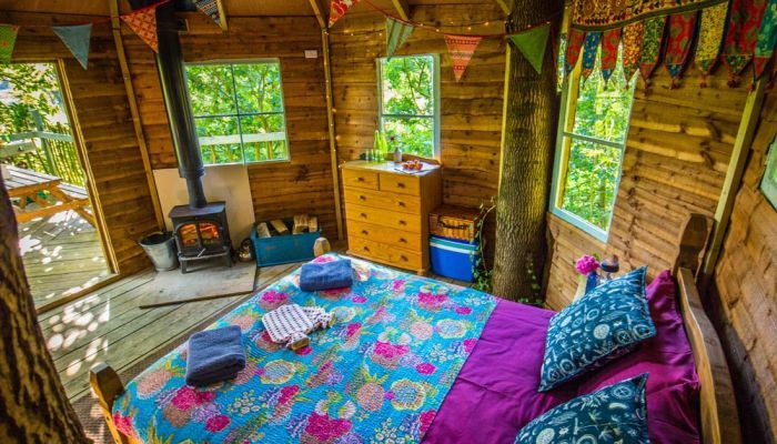 treehouse holiday uk cool camping glamping norfolk hideaways ...
