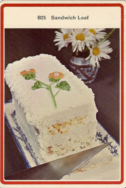 Yet another of those non-cake things - how many post-war kids were bitterly disappointed by these?