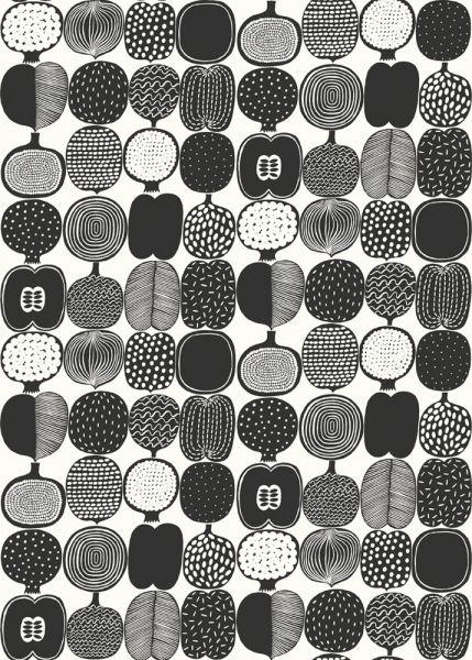 Läcker tapet i svartvitt från kollektionen Marimekko 4 17937. Klicka för att se fler inspirerande tapeter för ditt hem!