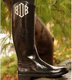 monogrammed wellies: Dreams Closet, Rain Boots, Monograms Boots, Monograms Rainboot, Monograms Welli, Style Pinboard, Fashion Looks, Cowboys Boots, Baby Monograms