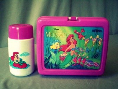 Favorite lunchbox and thermos to this day... still remember the smells of the plastic of the box. When You open it. Mine always had p&j in side with High C's juice or squeeze its lol those where the days.