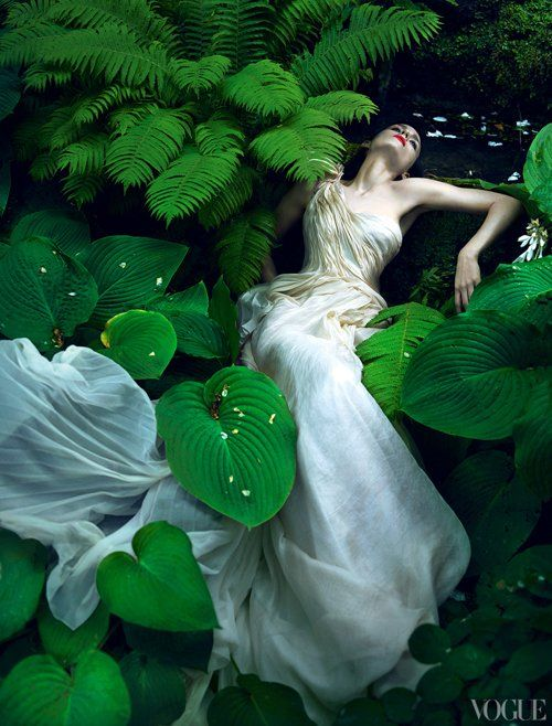 Rooney Mara Covers Vogue November 2011