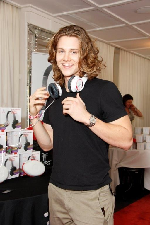 Alex Saxon attend at Red Carpet Events LA Teen Choice Gifting Suite 2013