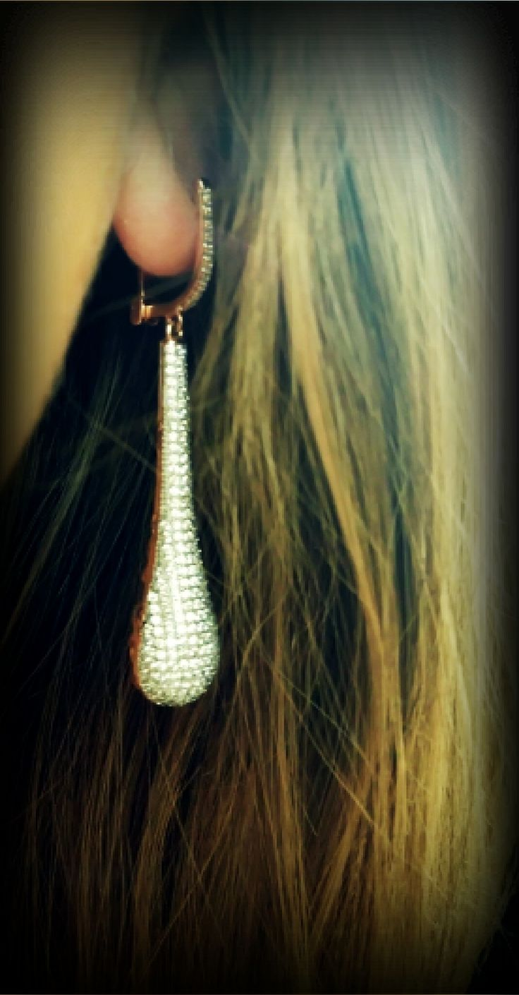 gold adorable earrings with stones 14k