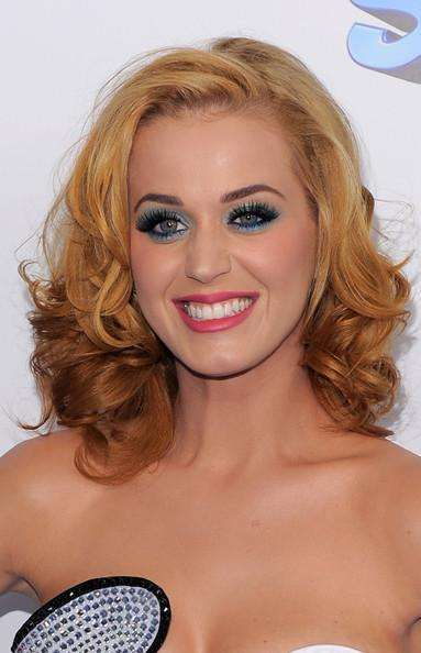Famous Women with Strawberry Blonde Hair | List of Reddish Blonde Haired Celebrities (Page 8)