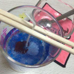 100円ショップ「キャンドゥ」で購入できる「キャンドルゼリー」を使って、手作りのゼリーキャンドルを作ってみませんか?