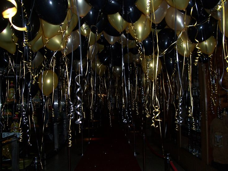 Black And Gold Helium Balloons Are An Easy And Relatively