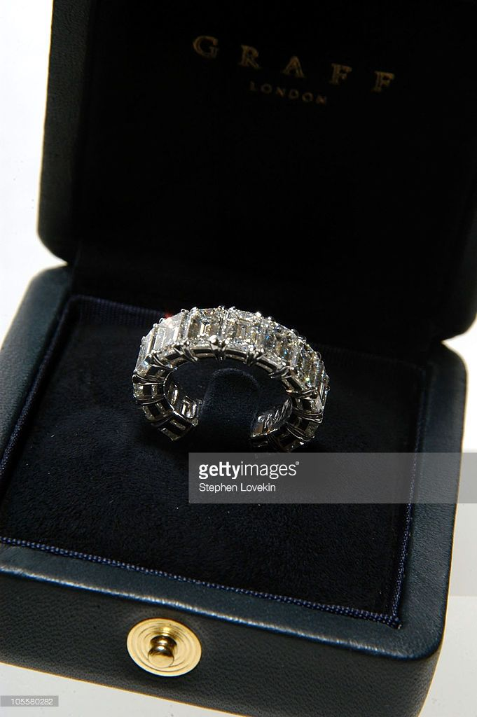 Melania Knauss' wedding band for her marriage to Donald Trump. The ring is white…