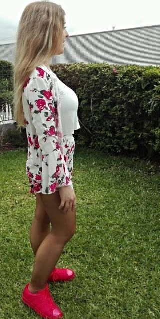 For girls: Look: Conjunto flores
