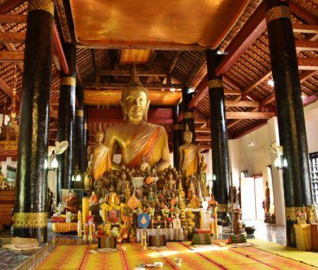 Templo de Wat Aham en Luang Prabang en Laos