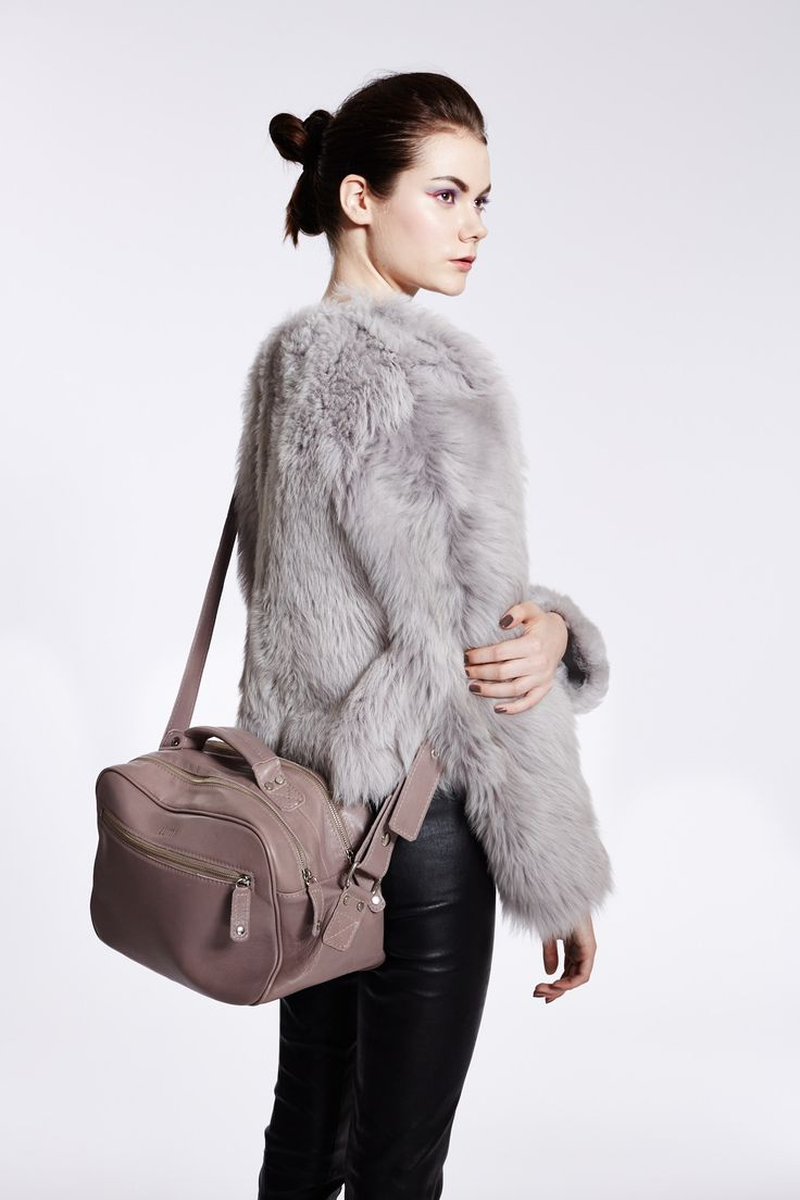 Jules Tablet Bag: http://lumiaccessories.com/product/jules-tablet-bag-twin/