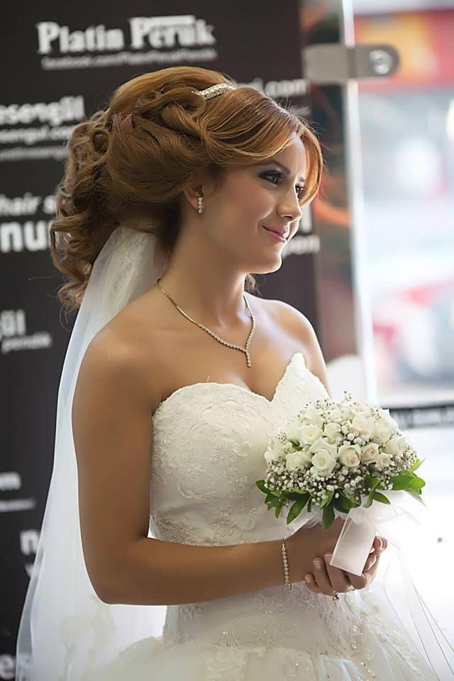 Nurettin Esengül'den En Şık Gelin Saçı Modelleri  http://www.nurettinesengul.com/gelin-saclari